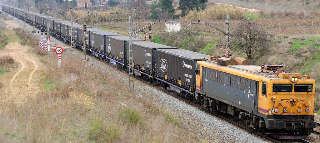 TREN MERCANCIAS 1024x459 - Railway