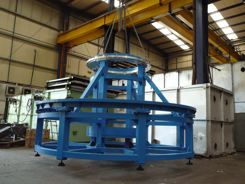 UTIL DE MONTAJE SATELITE ASTRIUM - Stands and assembly elements
