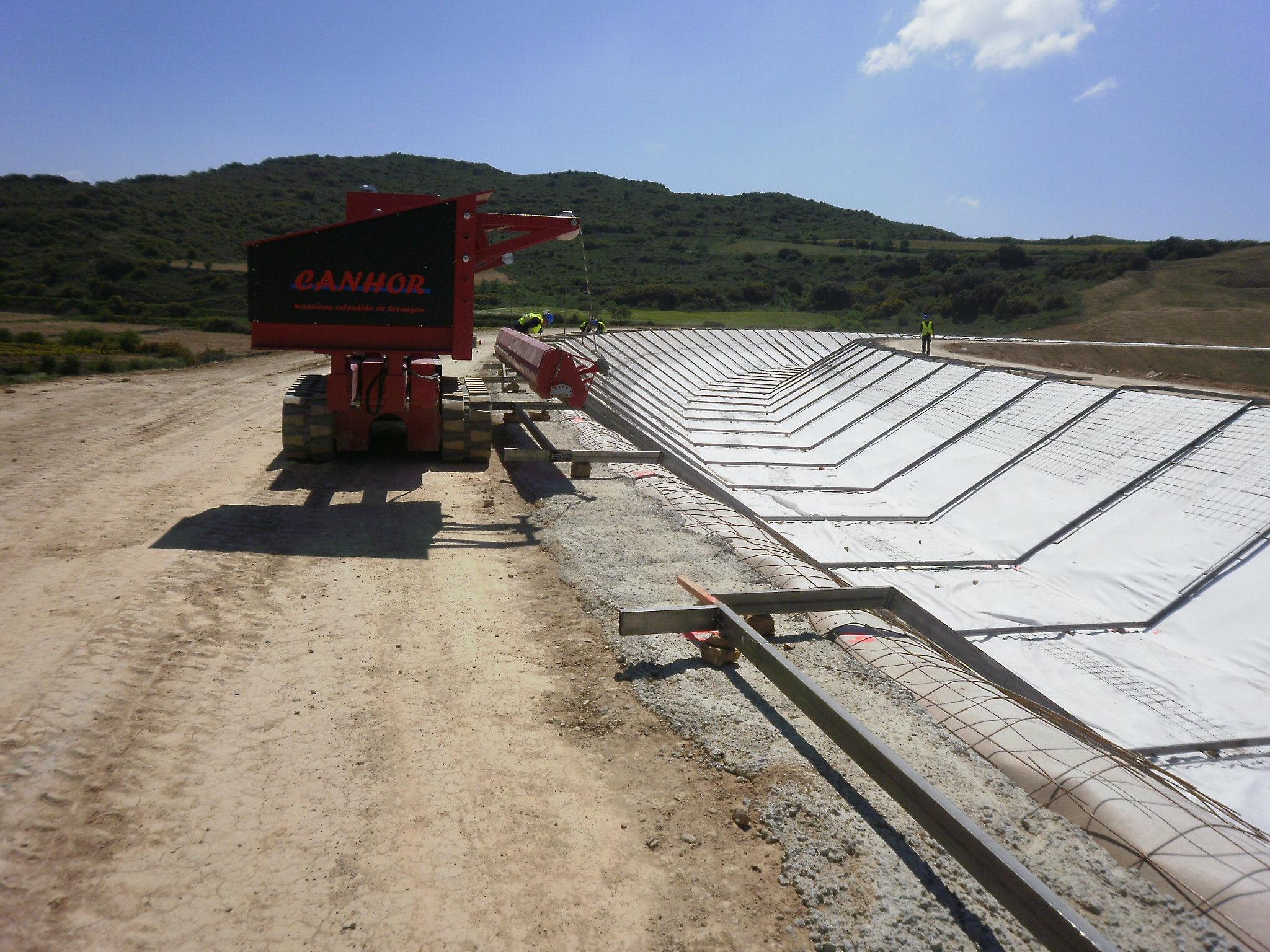 estructuras obra publica conduccion de agua y montaje en obra 19 - Our Projects