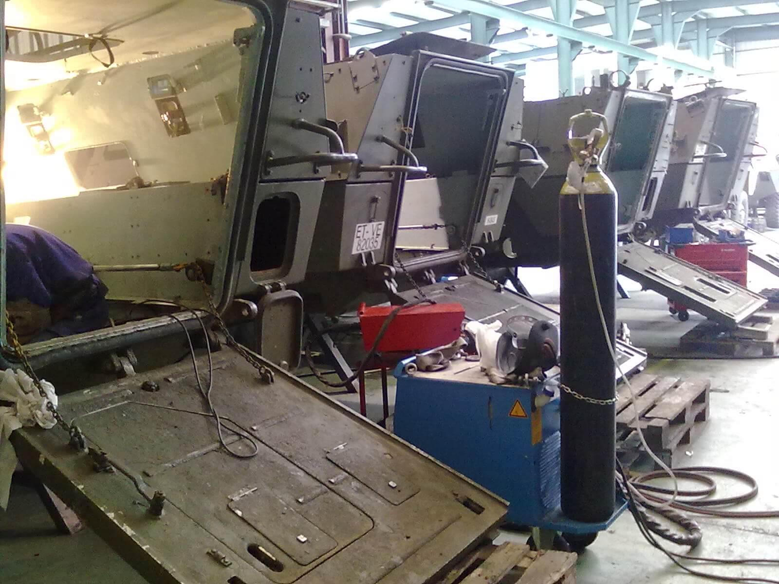 28042010008 - Reparaciones de soldadura y vehículos militares