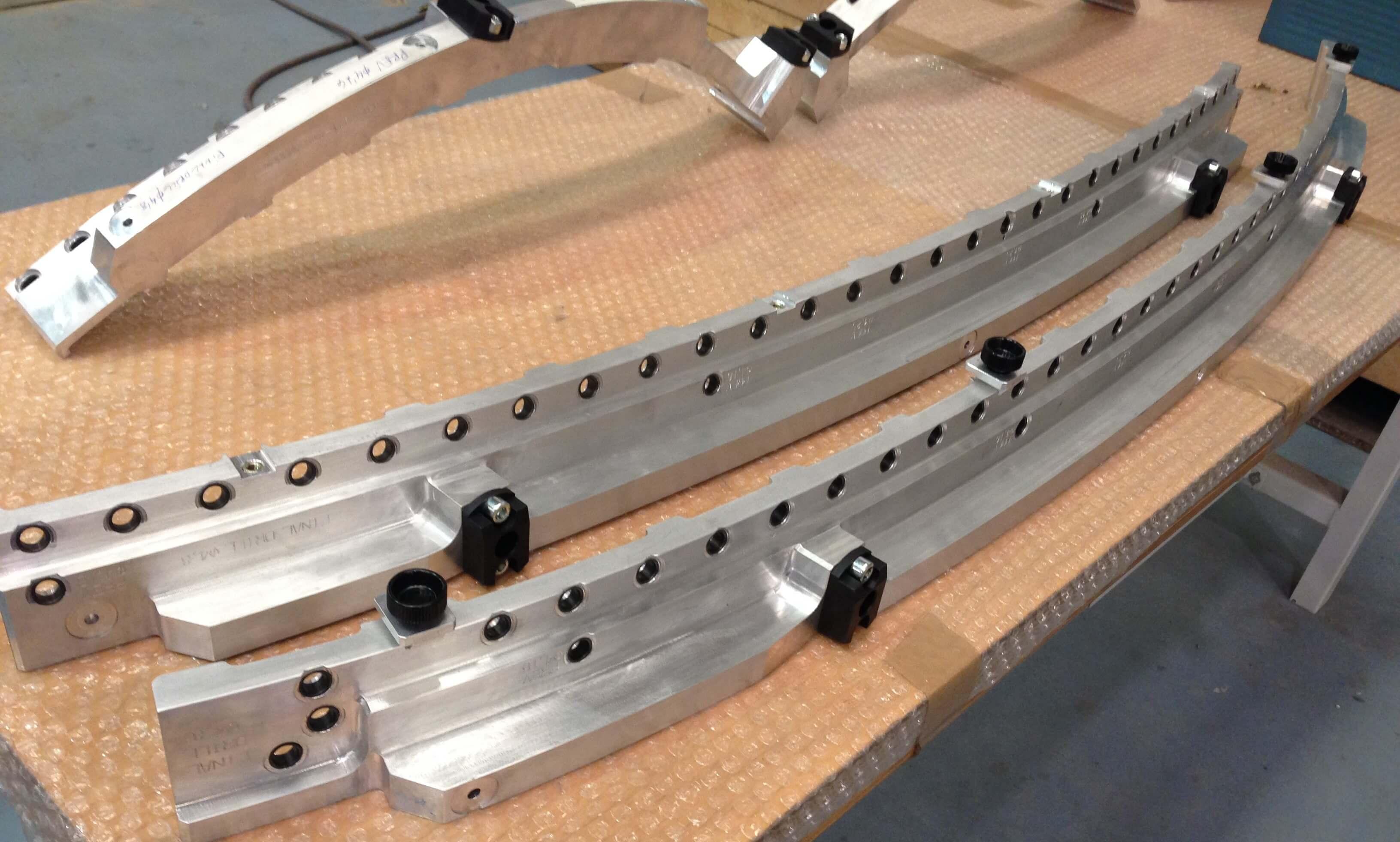 IMG 1699 - Plantillas de montaje y taladrado