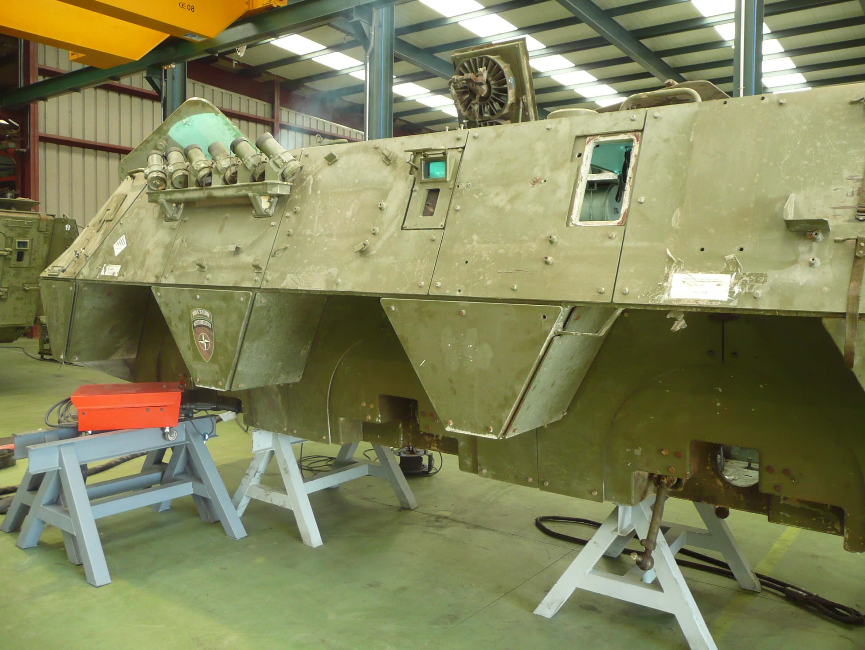 P1000797 - Reparaciones de soldadura y vehículos militares