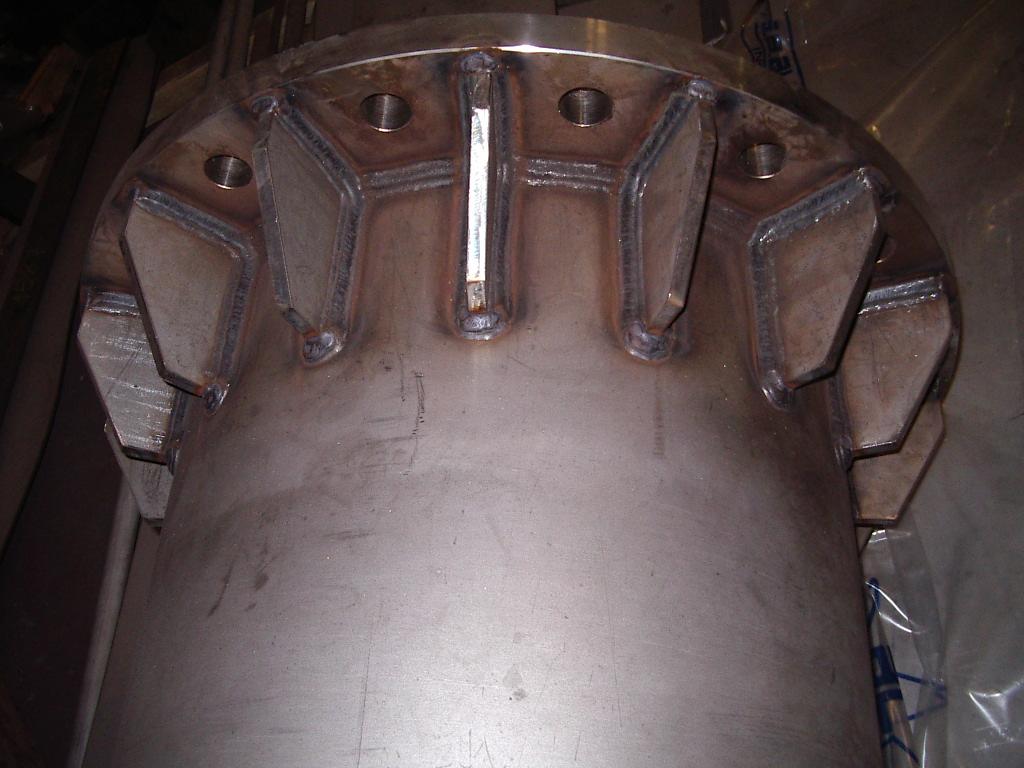 TUBO BRIDADO DE AISI 310 - Calderería y Soldadura